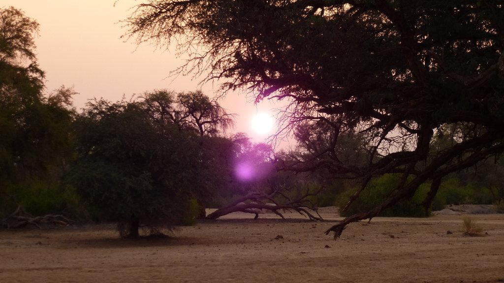 Anochecer en el desierto de Namibia